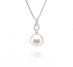 9-10mm AAAA Quality Freshwater Cultured Pearl Pendant in Courtney White