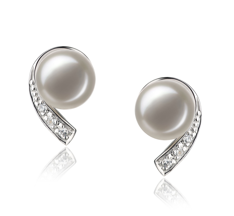 7-8mm AA Quality Freshwater Cultured Pearl Set in Claudia White