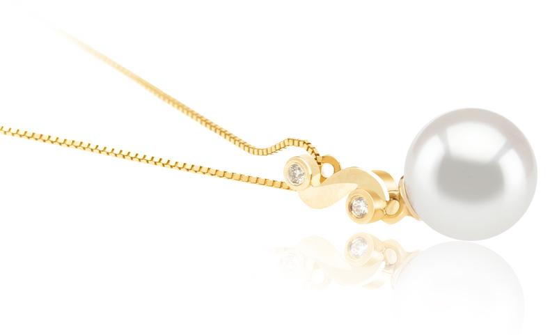 8-9mm AAA Quality Japanese Akoya Cultured Pearl Pendant in Gisela White