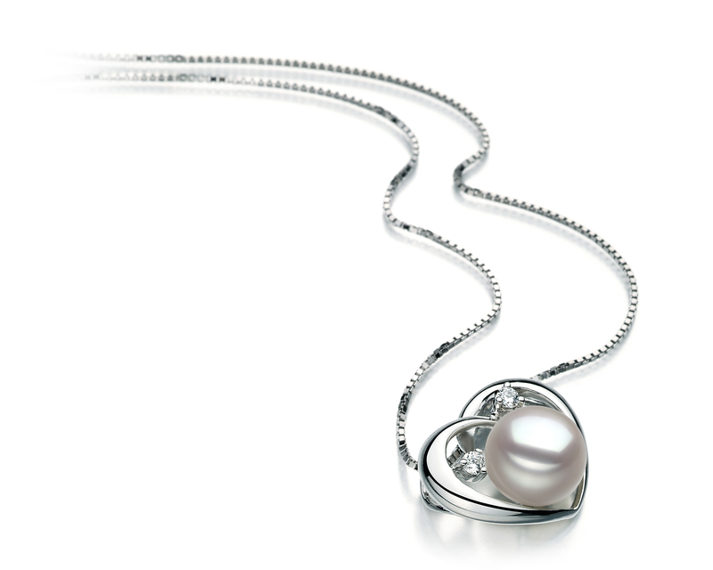 9-10mm AA Quality Freshwater Cultured Pearl Pendant in Katie Heart White